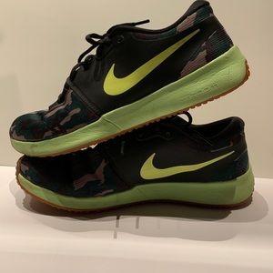 Nike Men's Zoom Speed TR2 AMP CAMO Size 10.5